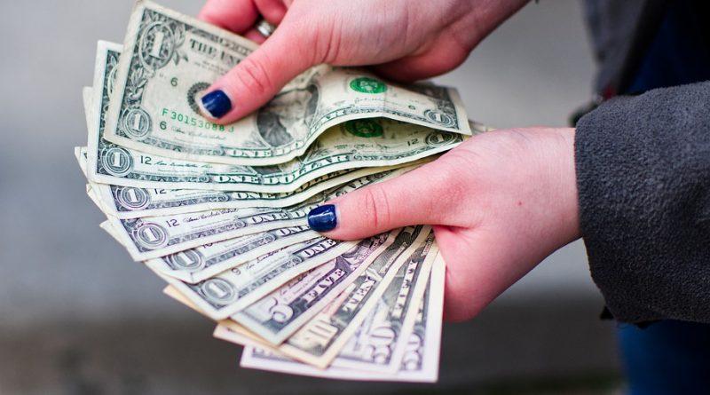 Naučte se hospodařit s penězi díky několika pravidlům